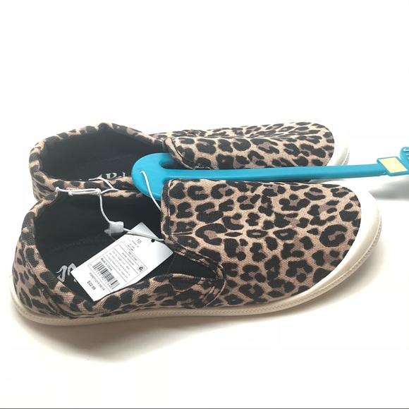 Mad Love Kasandra Slip On Canvas Shoes